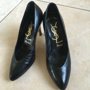Yves Saint Laurent black leather heels